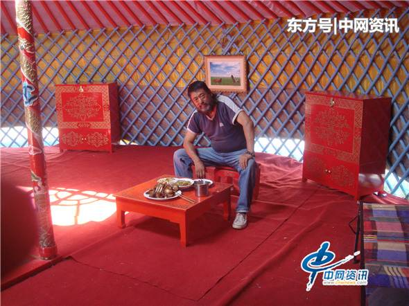 仲泊游随笔所见:草原速记系列之蒙古包里的吃喝