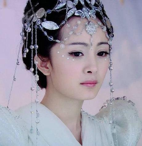 古装剧中的白衣女星 刘诗诗高贵优雅韵味十足 婚姻家庭 第1张