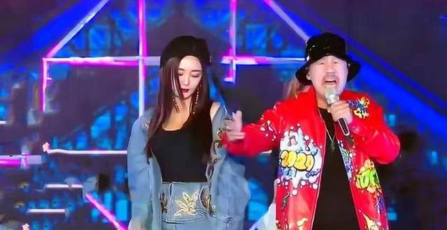 陈伟霆唱《野狼disco》红遍全网,却被港民怒批其太侮辱粤语文娱播报站