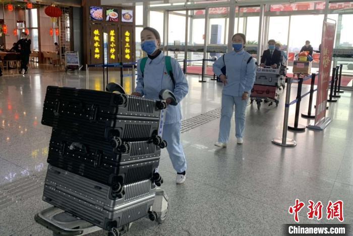江西101名护理人员组成医疗护理队再次援鄂(图)