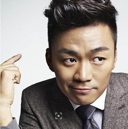 同为草根明星,王宝强功成名就,而他却声名狼藉? 婚姻家庭 第6张