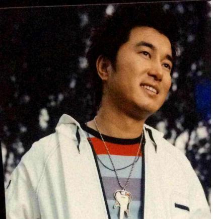 同为草根明星,王宝强功成名就,而他却声名狼藉? 婚姻家庭 第7张
