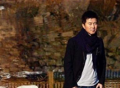 同为草根明星,王宝强功成名就,而他却声名狼藉? 婚姻家庭 第9张