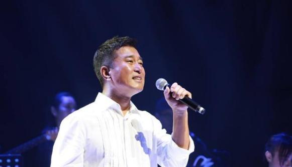 同为草根明星,王宝强功成名就,而他却声名狼藉? 婚姻家庭 第11张