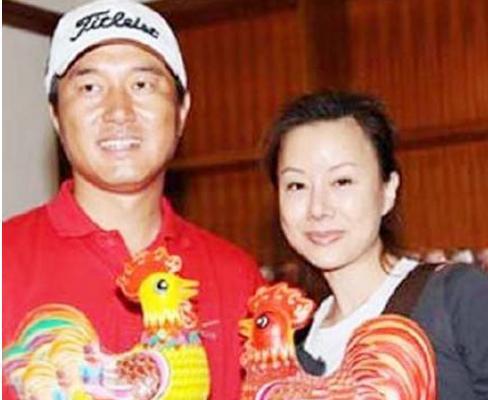 同为草根明星,王宝强功成名就,而他却声名狼藉? 婚姻家庭 第14张