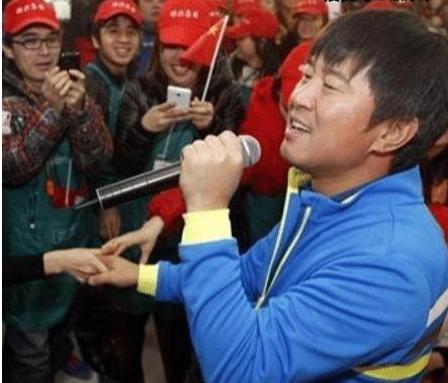 同为草根明星,王宝强功成名就,而他却声名狼藉? 婚姻家庭 第15张