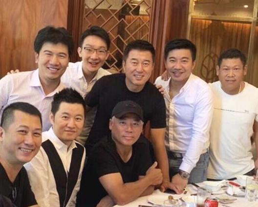 同为草根明星,王宝强功成名就,而他却声名狼藉? 婚姻家庭 第18张