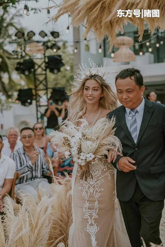 女子与年长9岁的澳洲丈夫恋爱7年,最终拥有一场童话般的婚礼 合同纠纷 第6张