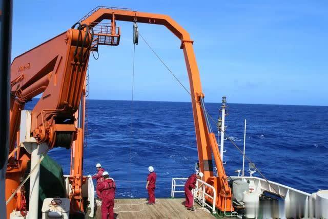 """""""向阳红06""""船:你好,太平洋!"""